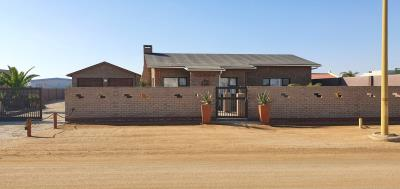 3 Bedroom House for Sale in Henties Bay, Henties Bay - Erongo