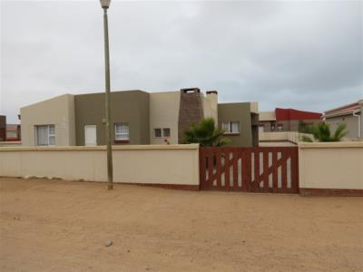 4 Bedroom House for Sale in Henties Bay, Henties Bay - Erongo